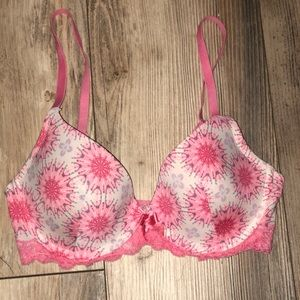 Pink Adore Me bra size 30D perfect condition